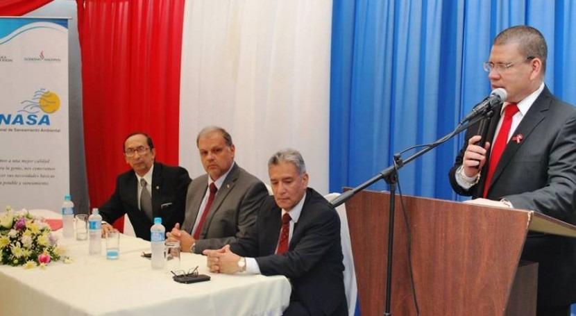 El Dr. Antonio Barrios, ministro de Salud Pública y Bienestar Social, participó de la celebración del aniversario de Senasa.