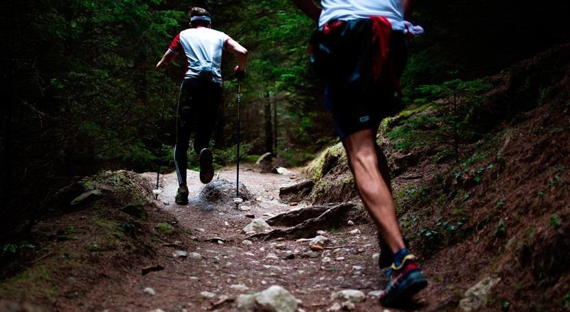 Cuatro excursionistas fallecen causa inundaciones China