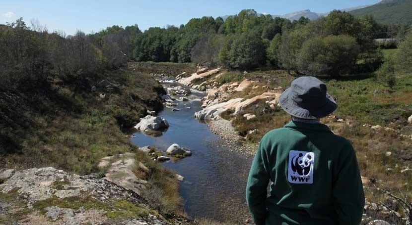 17 entidades sociedad civil reclaman nueva política agua España