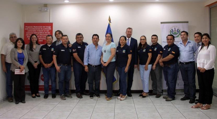 Salvador fortalecerá Sistemas Alerta Temprana inundaciones (SATI) 24 comunidades