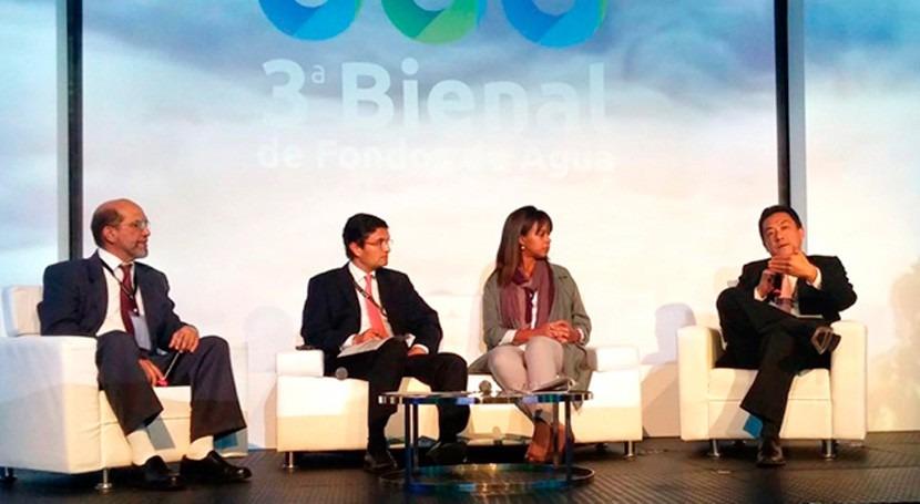 Perú expone Colombia experiencia ciudado fuentes agua