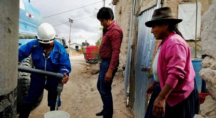 Sunass orienta usuarios Perú cuidado agua potable