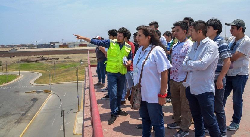 Sunass ofrece 45 becas especialización saneamiento estudiantes y egresados universitarios