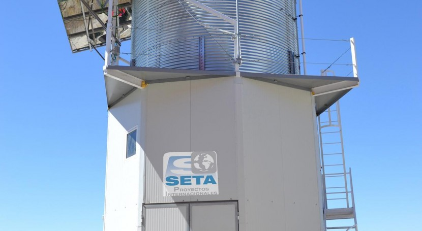 Solar Water Tower: planta potabilizadora 100% autónoma, fácil montar y transportar