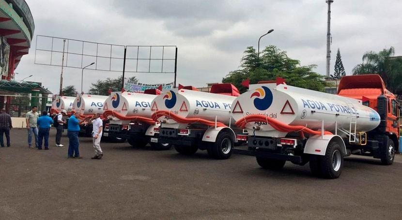 45 tanques dotan agua potable Esmeraldas Ecuador
