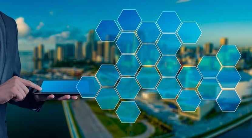 procesos inteligentes generan nuevos servicios digitales Schneider Electric