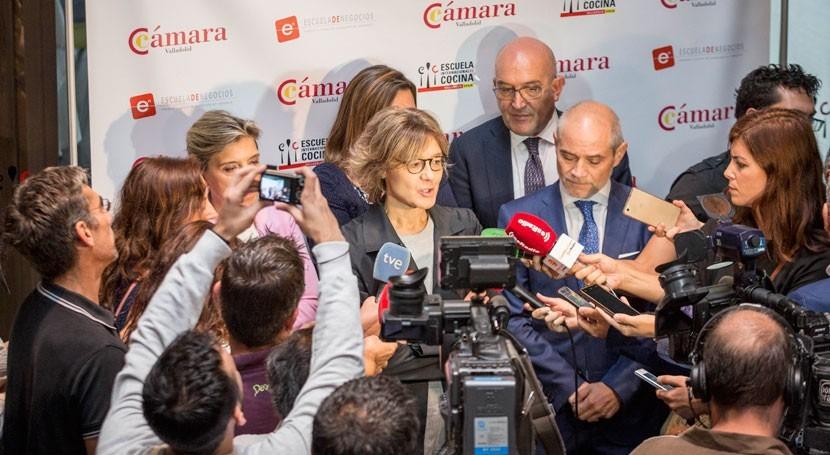 García Tejerina anuncia medidas como apoyo afectados sequía