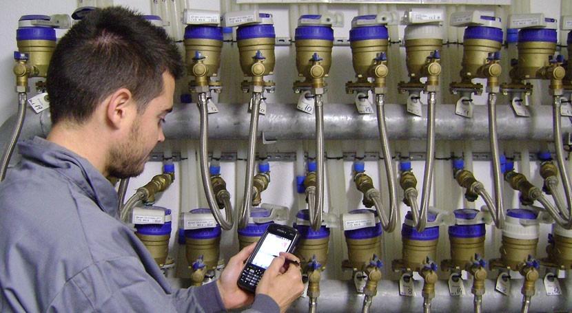 ¿Cómo optimizar eficiencia hidráulica y reducir pérdidas agua redes gestión municipal?