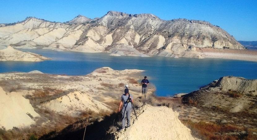 Drones estudiar arrastre sedimentos embalses
