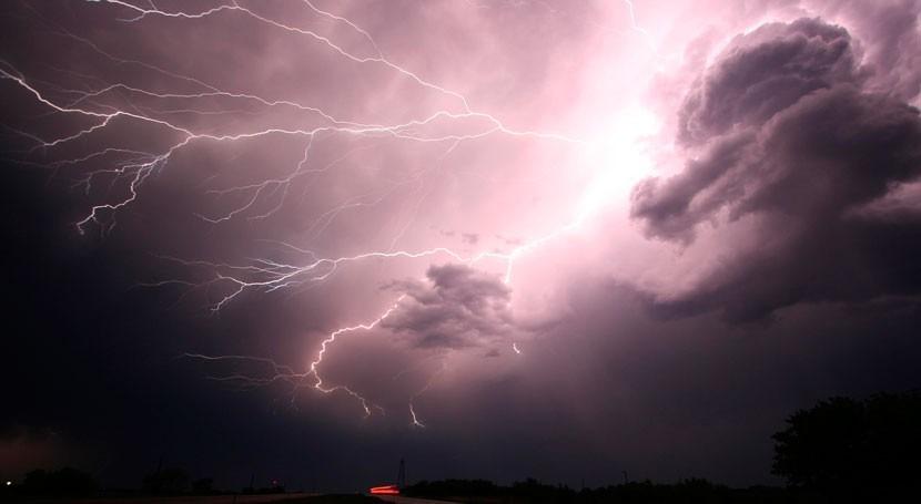 ¿Se puede predecir poder tormentas?