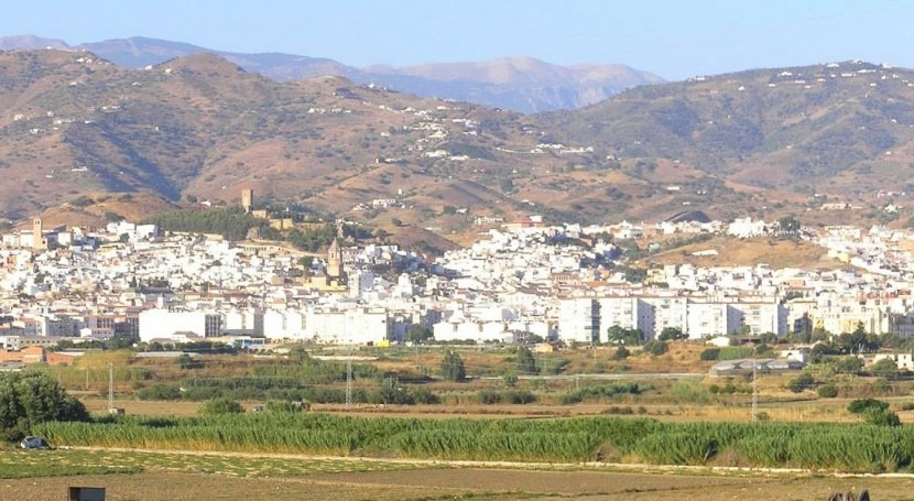 Vélez-Málaga creará fondo social ayudar personas riesgo exclusión pagar agua