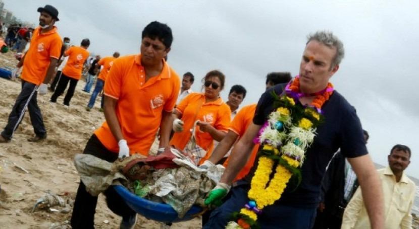 Bombay es testigo mayor operacion limpieza playas historia