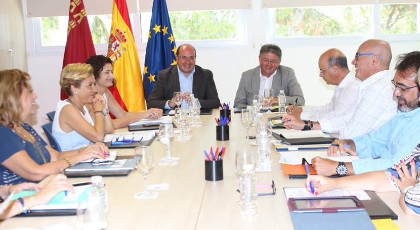 Murcia amplía todo año Servicio Integral Vigilancia Mar Menor