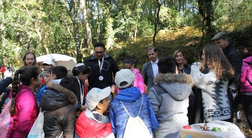 CHMS visita al CEIP Virxe Covadonga durante actividades río Barbantiño, Punxín
