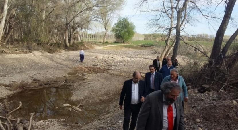 Gobierno Aragón promete evitar nuevos daños riadas y resarcir agricultores