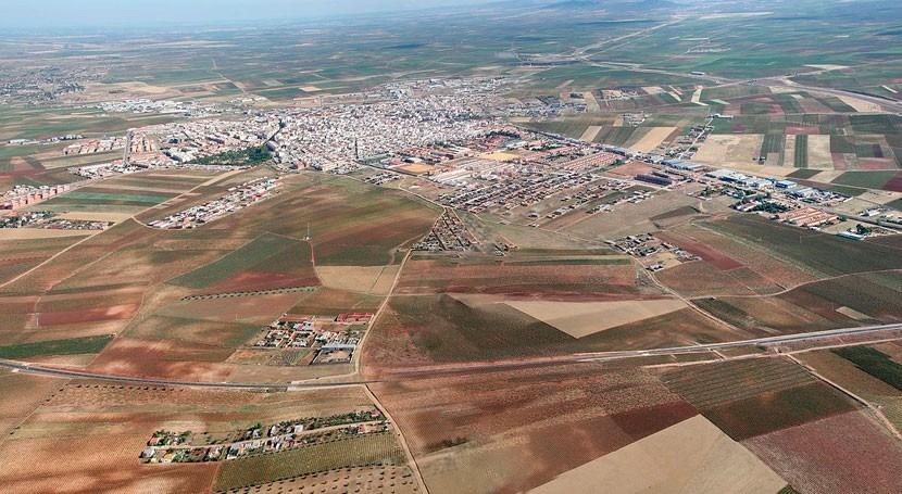 Iniciadas obras nuevo colector saneamiento EDAR Almendralejo