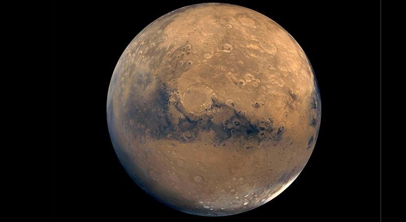 Nubes heladas podrían haber mantenido caliente Marte como que hubiera ríos y lagos