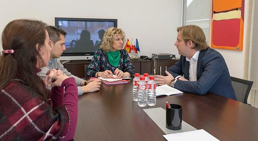Gobierno Cantabria anuncia este año conexión Reocín autovía agua