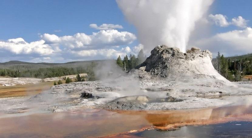 Géiser en el Parque nacional de Yellowstone (Wikipedia/CC).
